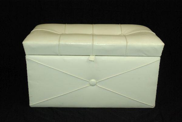 seat chest ESCAPE='HTML'